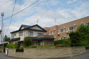 弘前市稔町 中古住宅
